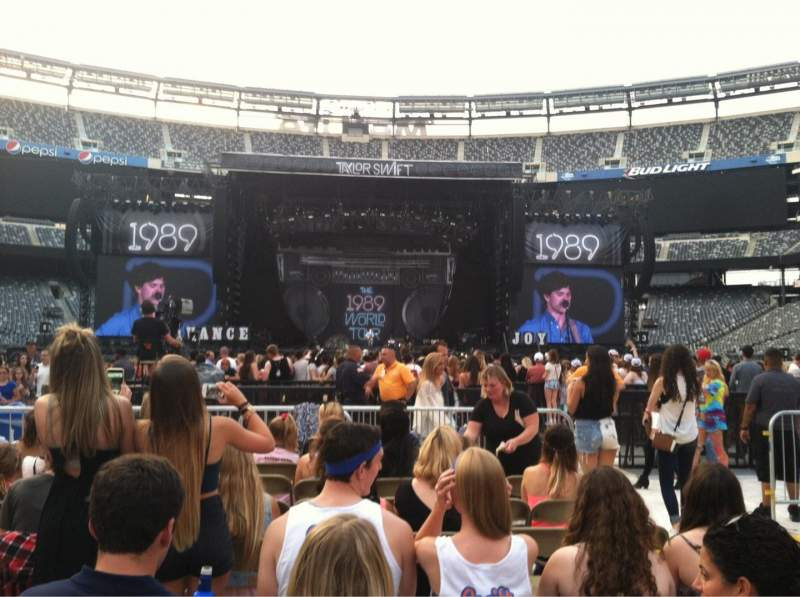 Seating view for MetLife Stadium Section F14 Row 7 Seat 3-6