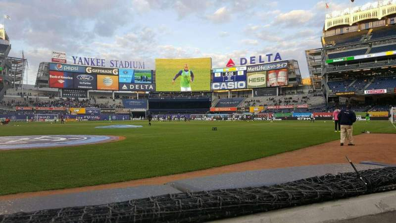 Seating view for Yankee Stadium Section 018 Row 1 Seat 6