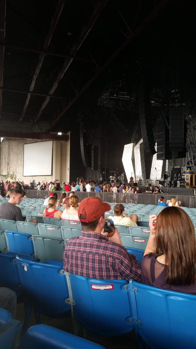 Seating view for Dos Equis Pavilion Section 100 Row Y Seat 3and4