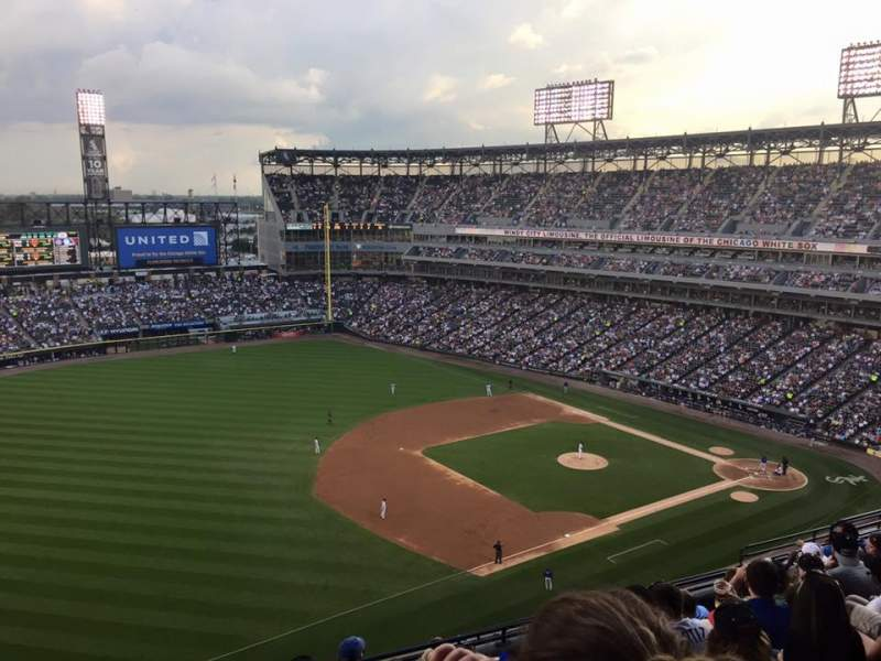 Seating view for Guaranteed Rate Field Section 546 Row 11 Seat 22