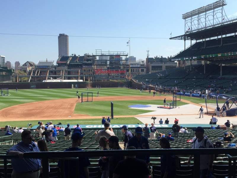 Seating view for Wrigley Field Section 213 Row 6 Seat 9