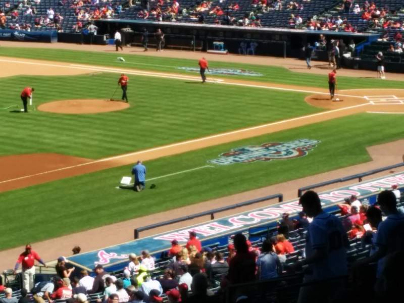 Seating view for Turner Field Section 222 Row 17 Seat 3