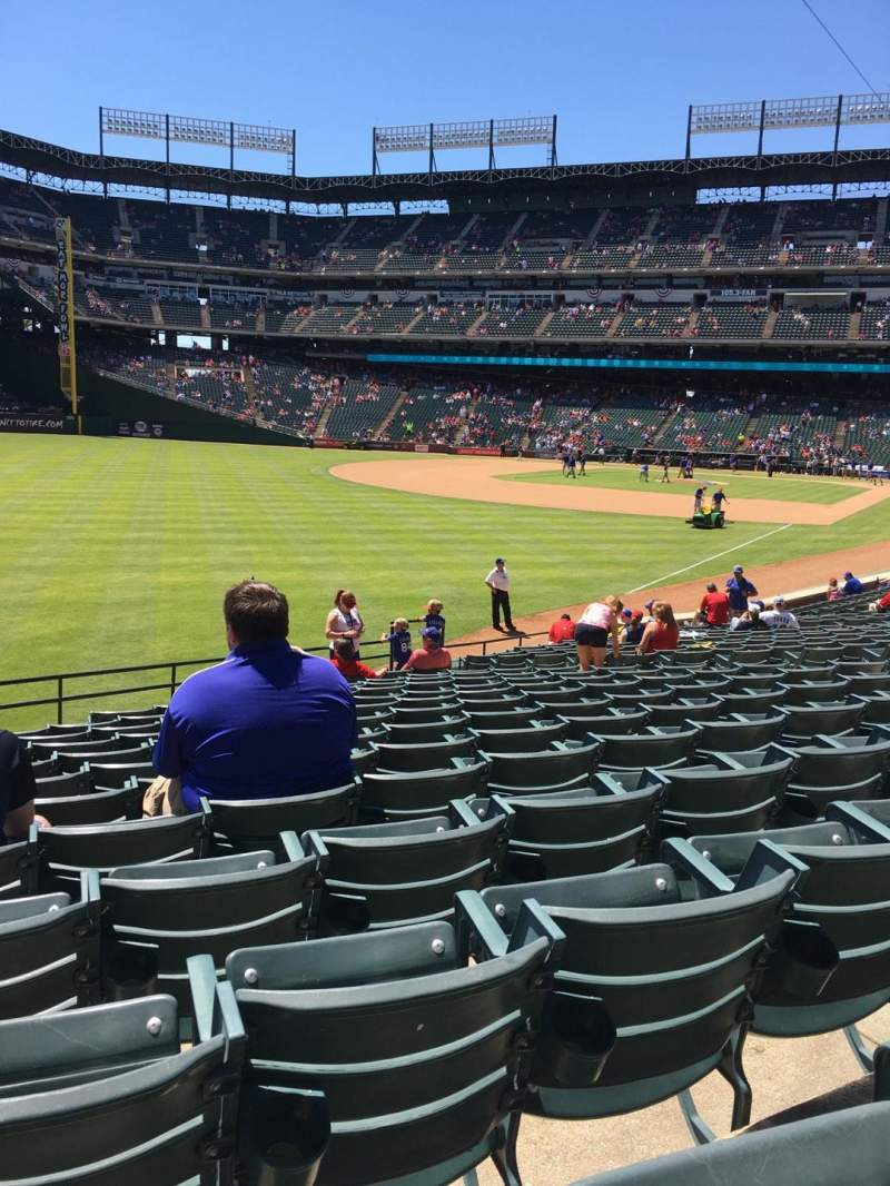 Seating view for Globe Life Park in Arlington Section 11 Row 20 Seat 4