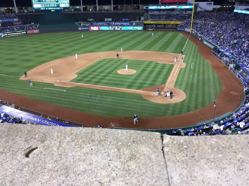 Seating view for Kauffman Stadium Section 415 Row A Seat 10