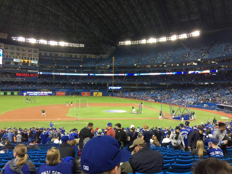 Seating view for Rogers Centre Section 125L Row 33 Seat 109
