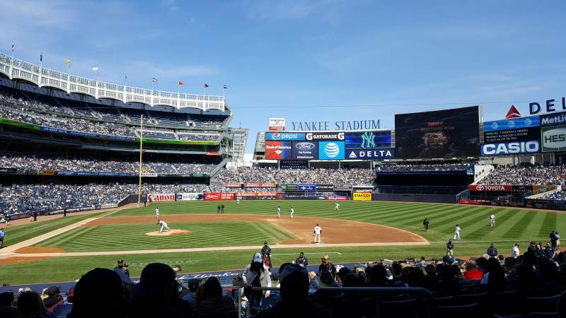 Seating view for Yankee Stadium Section 117A Row 14 Seat 1