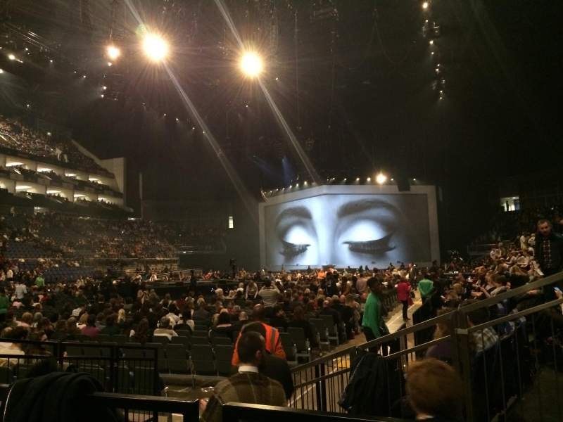 Adele Concert Amp Tour Photos