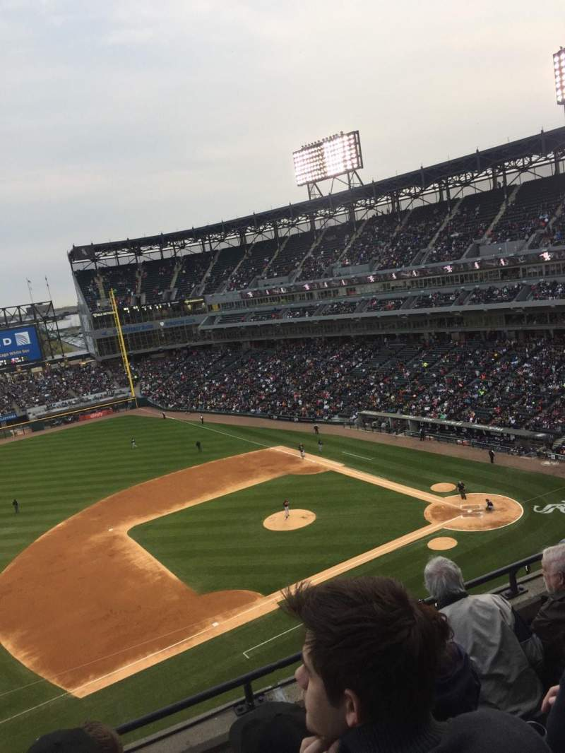 Seating view for Guaranteed Rate Field Section 542 Row 4 Seat 10
