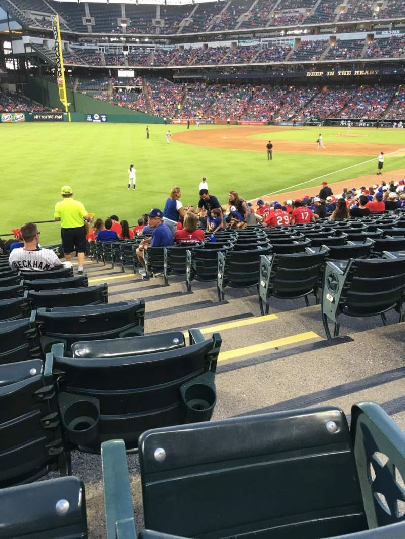 Seating view for Globe Life Park in Arlington Section 11 Row 21 Seat 16