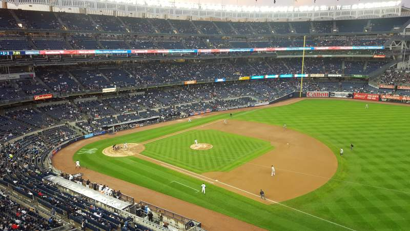 Seating view for Yankee Stadium Section 313 Row 1 Seat 21