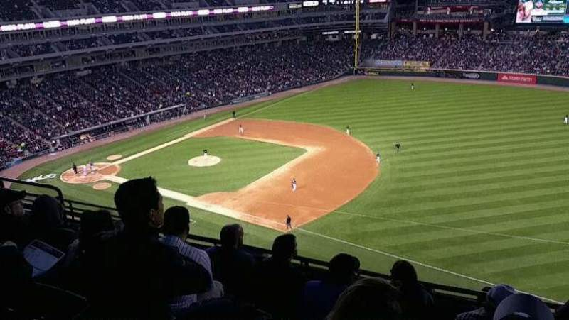 Seating view for Guaranteed Rate Field Section 518 Row 8 Seat 10