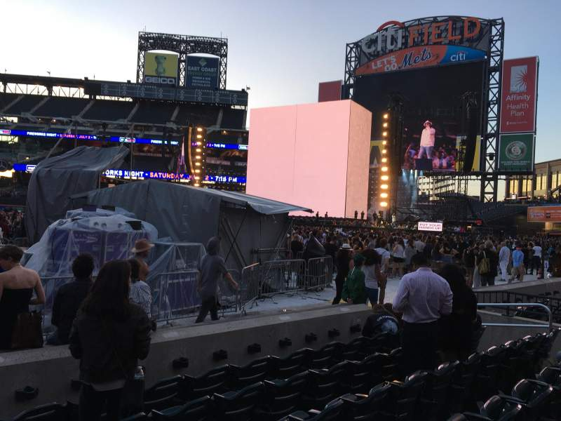 Seating view for Citi Field Section 110 Row 1 Seat 1