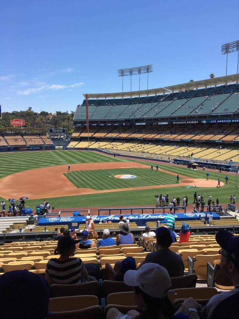 Seating view for Dodger Stadium Section 135LG Row O Seat 3