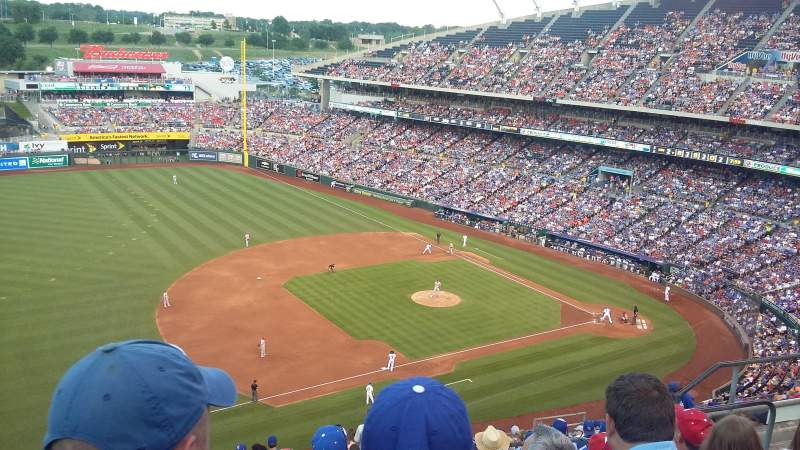 Seating view for Kauffman Stadium Section 407 Row AA Seat 15