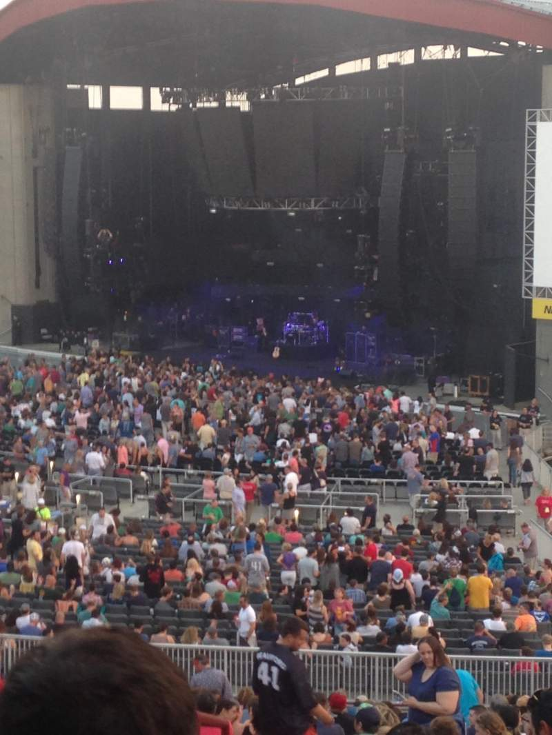Seating view for Jones Beach Theater Section 4L Row LL Seat 2