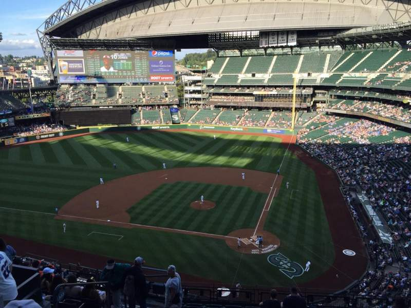 Seating view for Safeco Field Section 333 Row 11 Seat 16