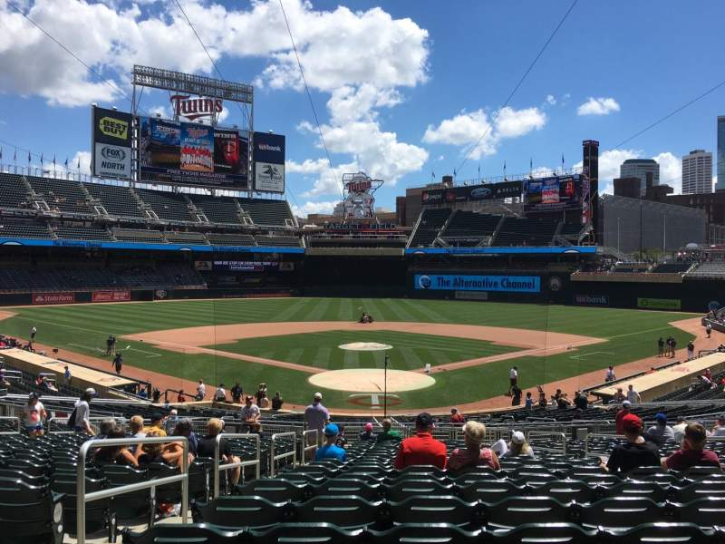 Seating view for Target Field Section 114 Row 20 Seat 11