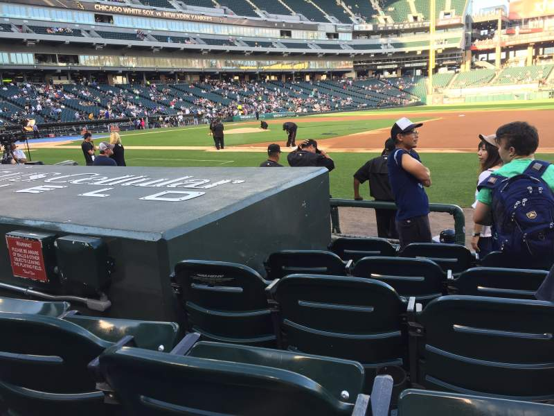 Seating view for Guaranteed Rate Field Section 121 Row 6 Seat 7