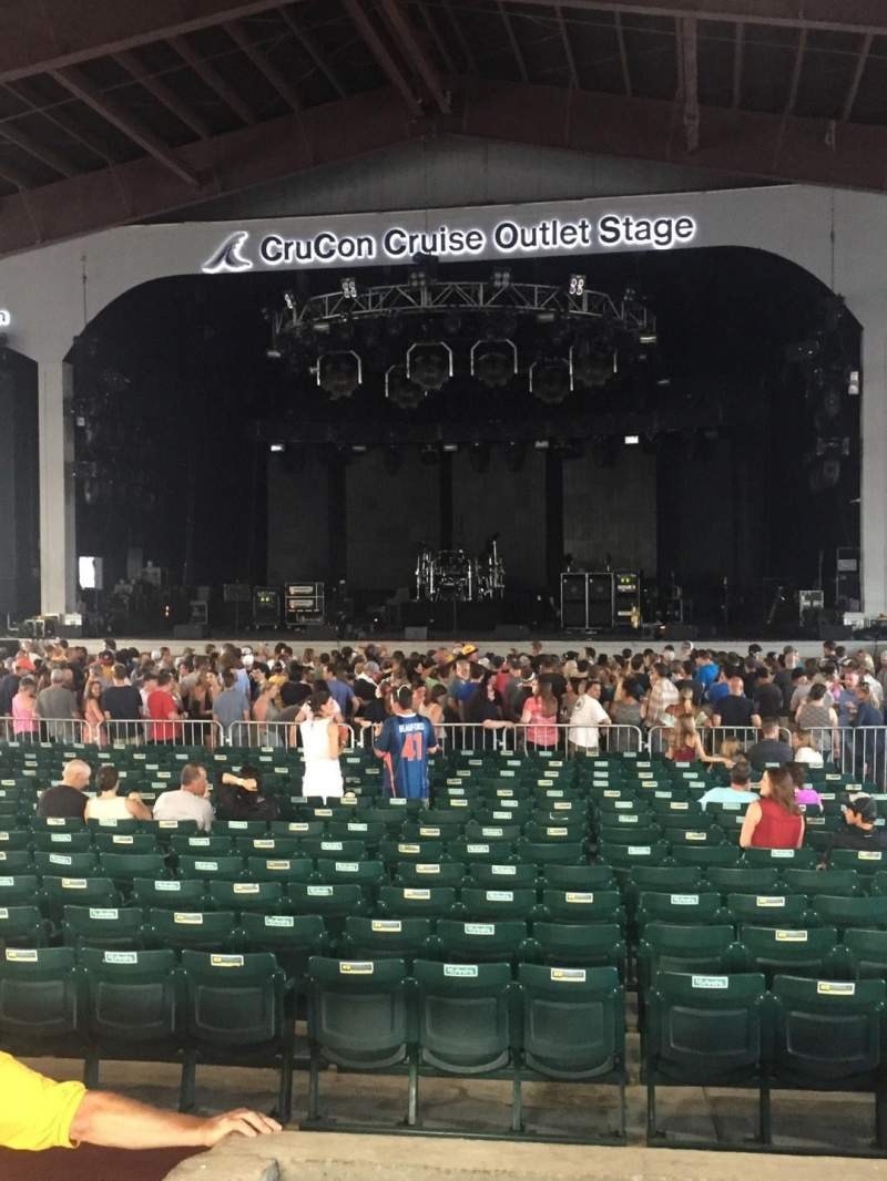 Seating view for Bank of New Hampshire Pavilion Section 2b Row 4 Seat 33