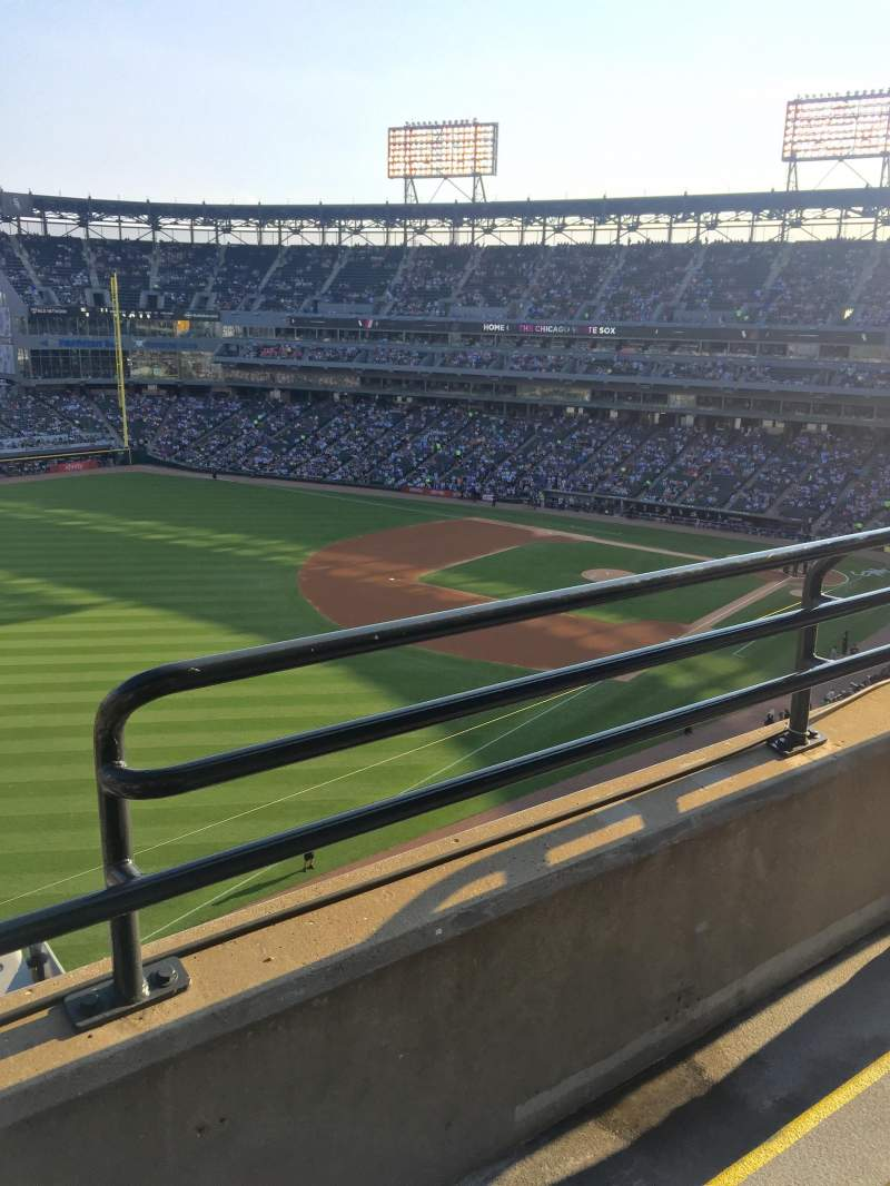 Seating view for Guaranteed Rate Field Section 552 Row 2 Seat 2