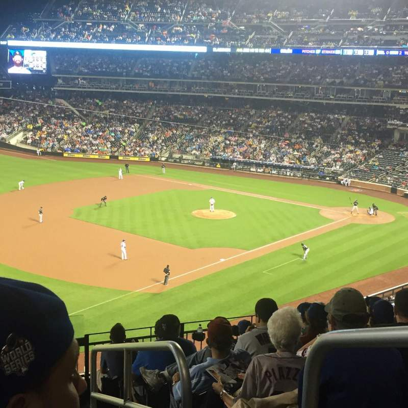 Seating view for Citi Field Section 331 Row 9 Seat 1