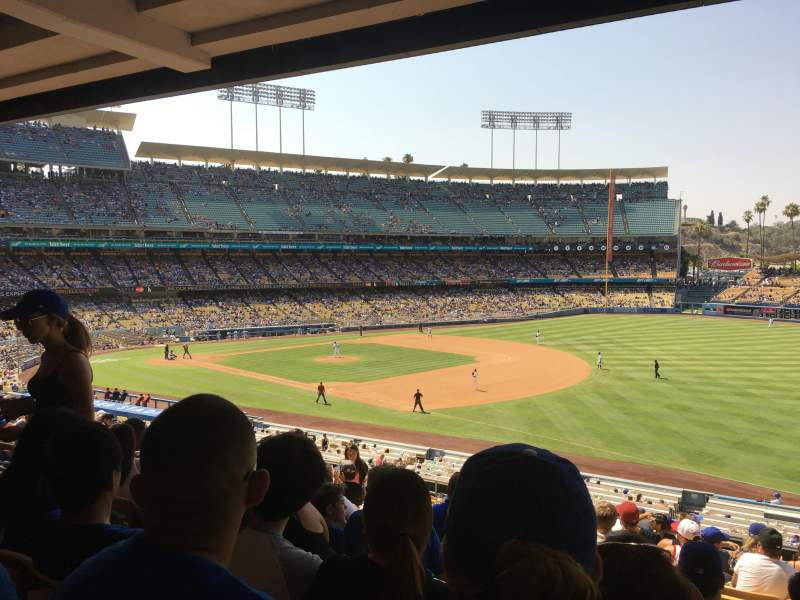 Seating view for Dodger Stadium Section 152LG Row R Seat 6