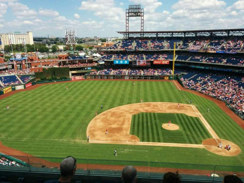 Seating view for Citizens Bank Park Section 426 Row 6 Seat 10