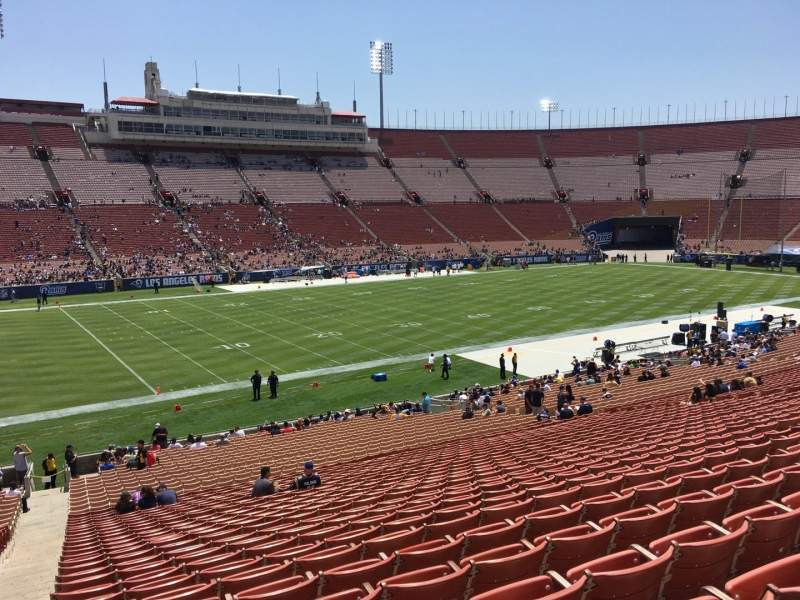 Seating view for Los Angeles Memorial Coliseum Section 25 Row 40 Seat 101