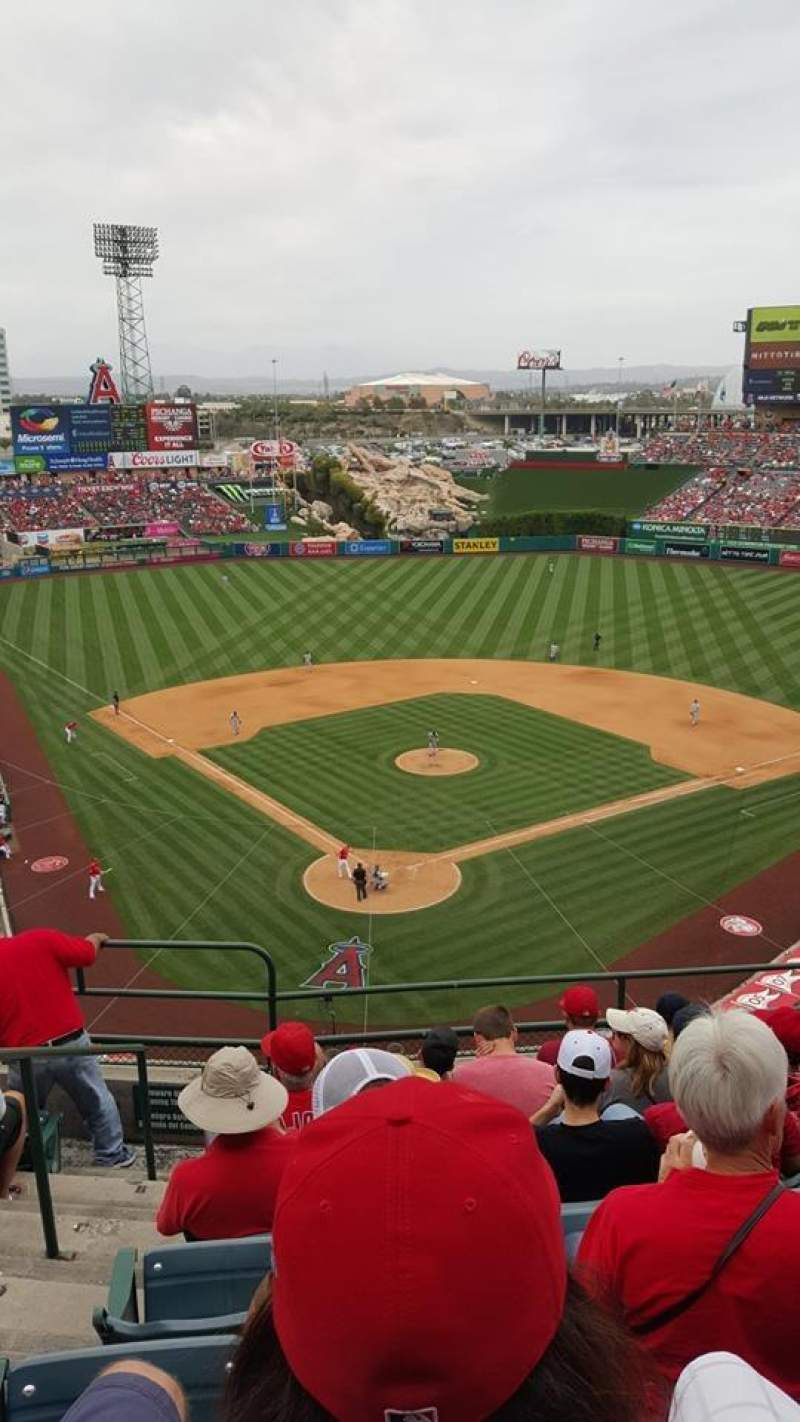 Seating view for Angel Stadium Section V420 Row G Seat 2