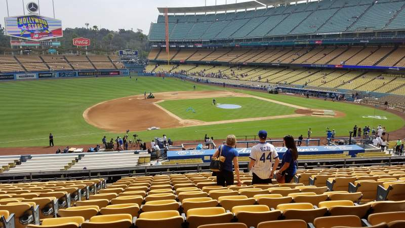 Seating view for Dodger Stadium Section 137LG Row O Seat 6