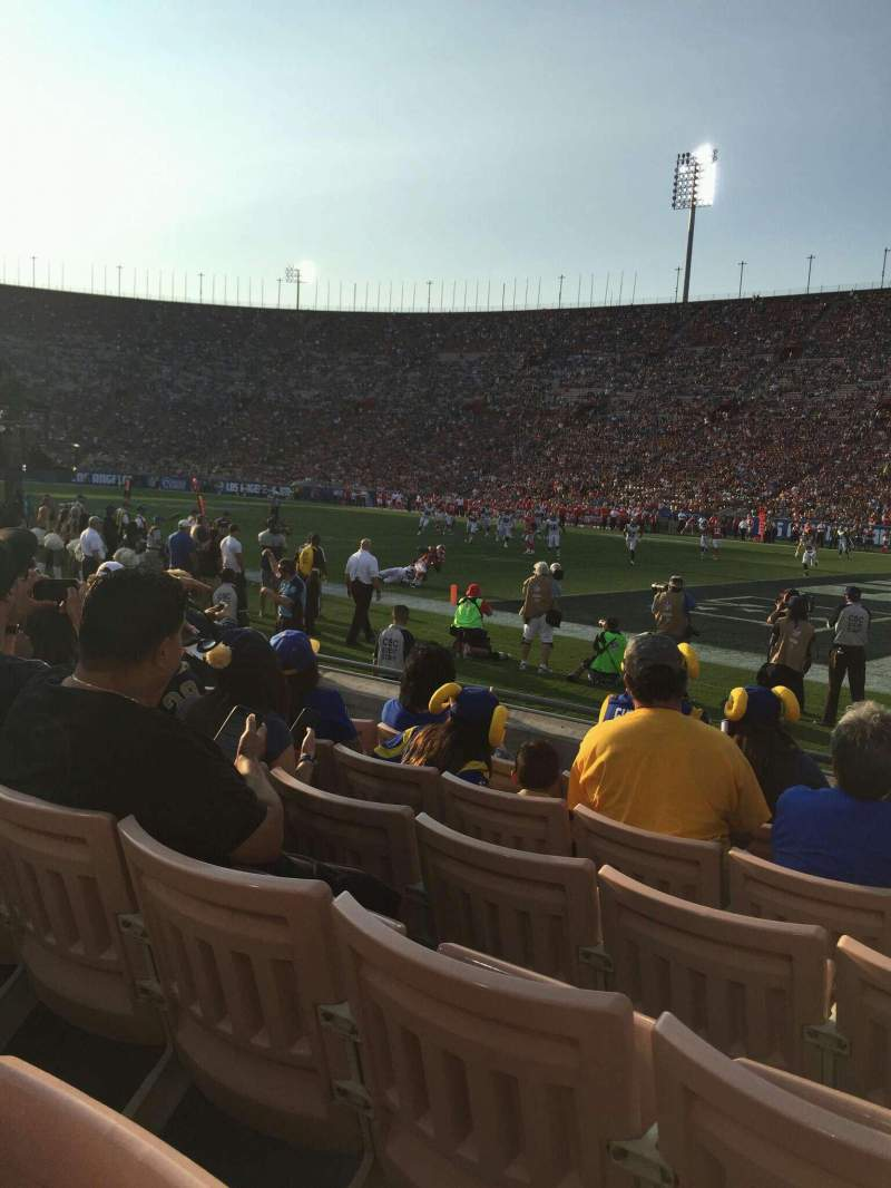 Seating view for Los Angeles Memorial Coliseum Section 4 Row 6 Seat 117