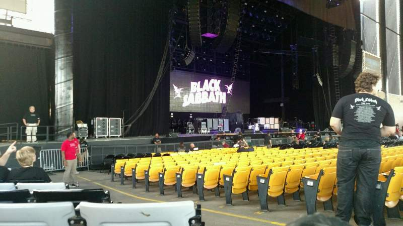 Seating view for Hollywood Casino Amphitheatre (Tinley Park) Section 105 Row Q Seat 3