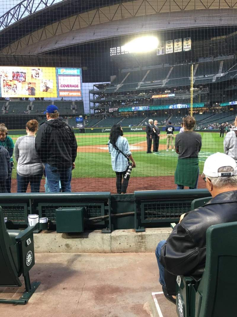 Seating view for Safeco Field Section 33 Row D Seat 15