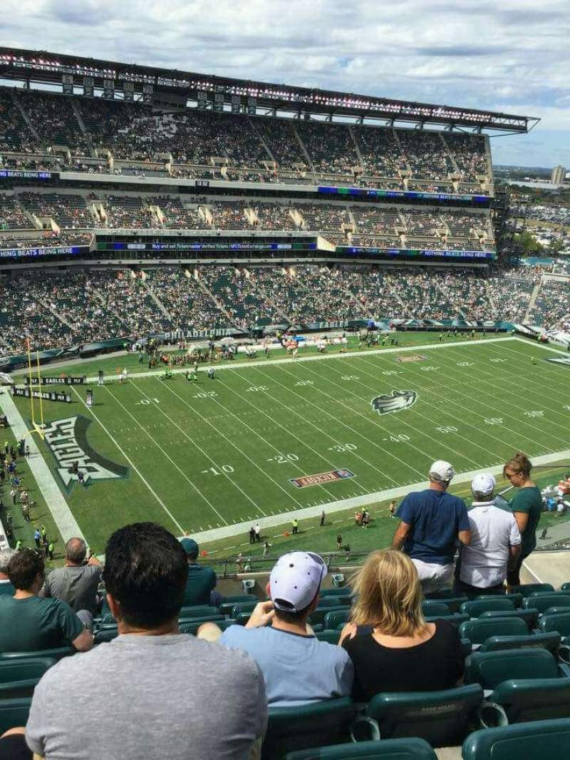 Seating view for Lincoln Financial Field Section 220 Row 12 Seat 9