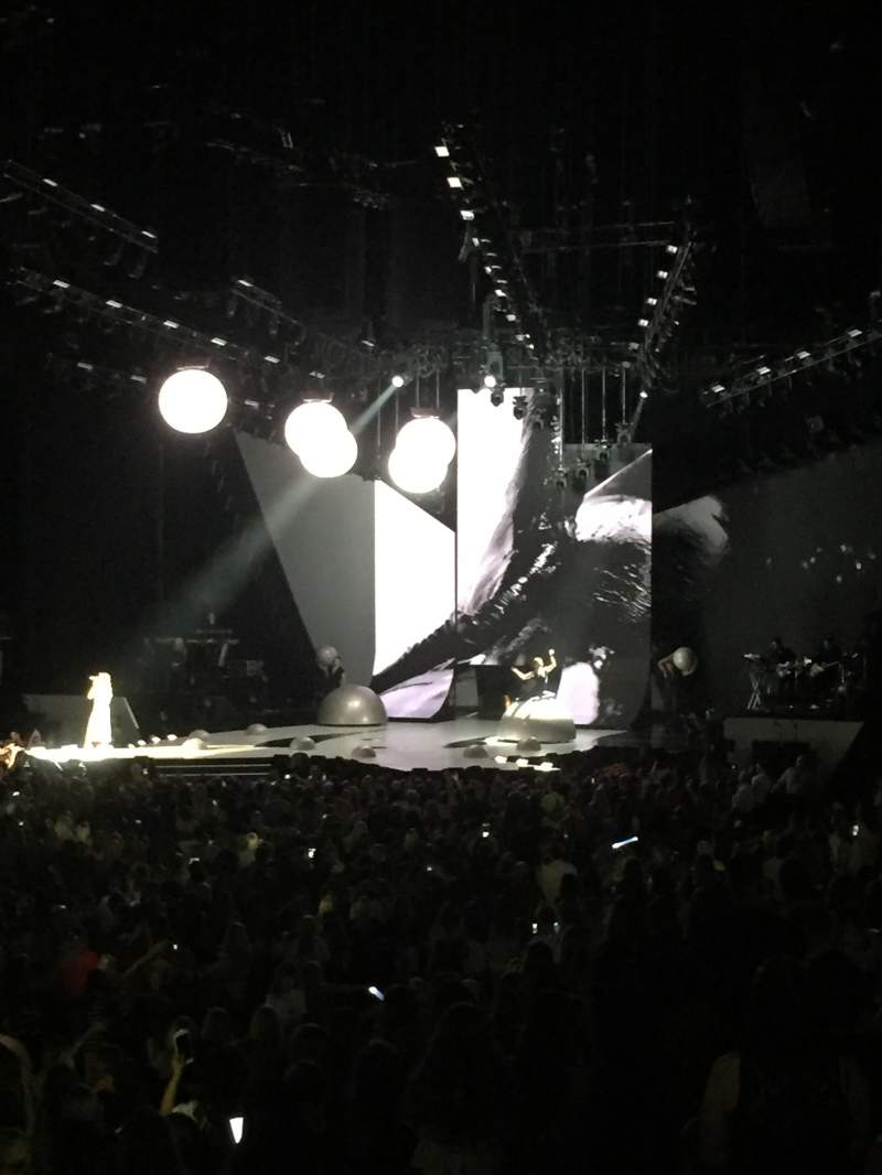 Sprint Center, section: 119, row: 15, seat: 6