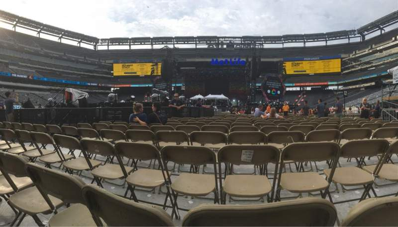 Seating view for Metlife Stadium Section 13 Row 19 Seat 3-10