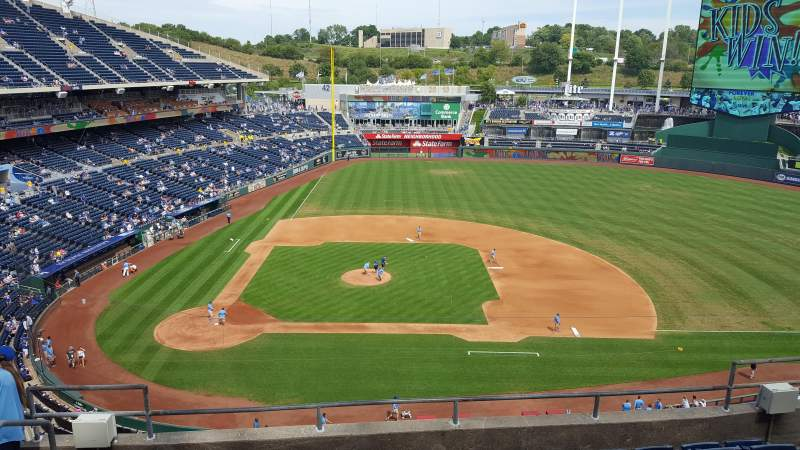 Seating view for Kauffman Stadium Section 428 Row F Seat 2