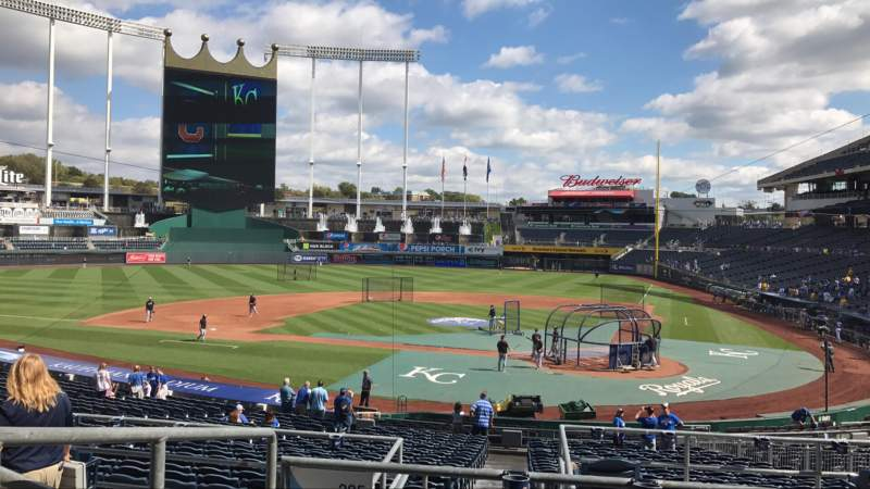 Seating view for Kauffman Stadium Section 225 Row DD Seat 3