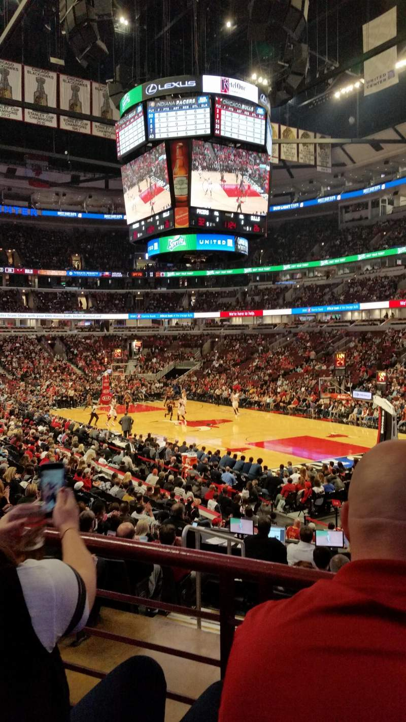 Seating view for United Center Section 119 Row 17 Seat 20