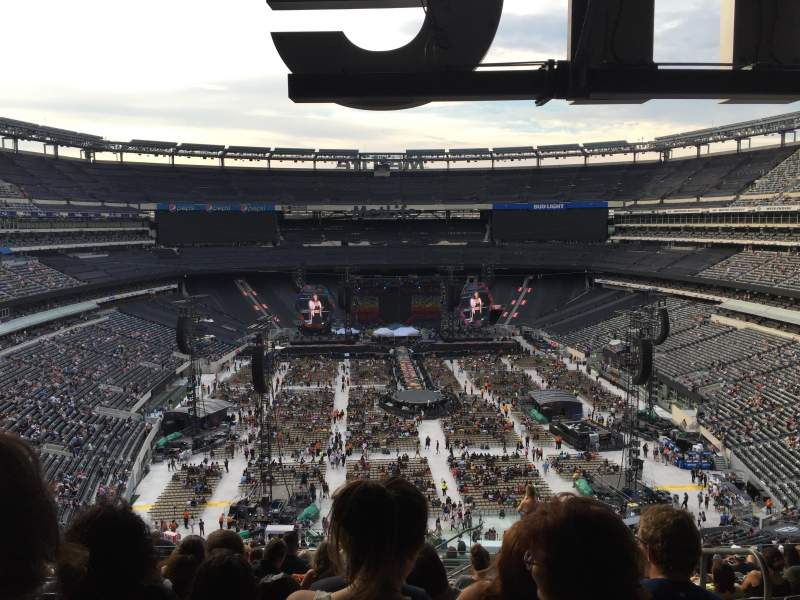 Seating view for MetLife Stadium Section 227B Row 15 Seat 2