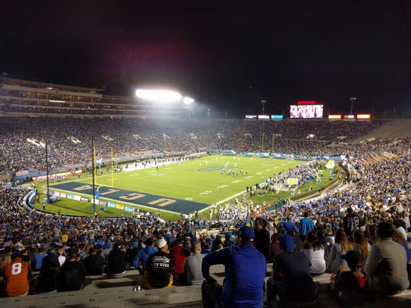 Seating view for Rose Bowl Section 28-L Row 68 Seat 15