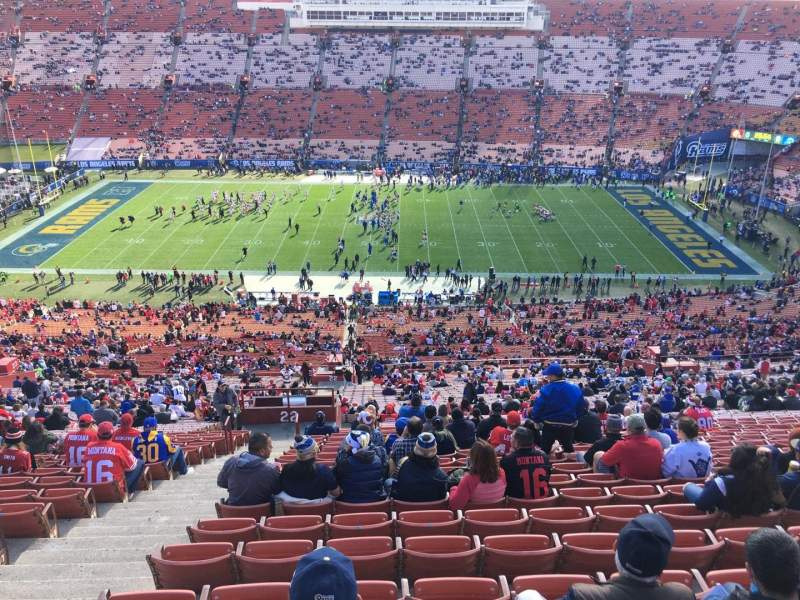Seating view for Los Angeles Memorial Coliseum Section 22H Row 93 Seat 105