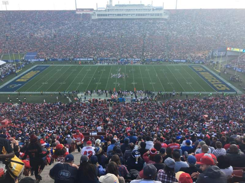 Seating view for Los Angeles Memorial Coliseum Section 321 Row 25 Seat 40