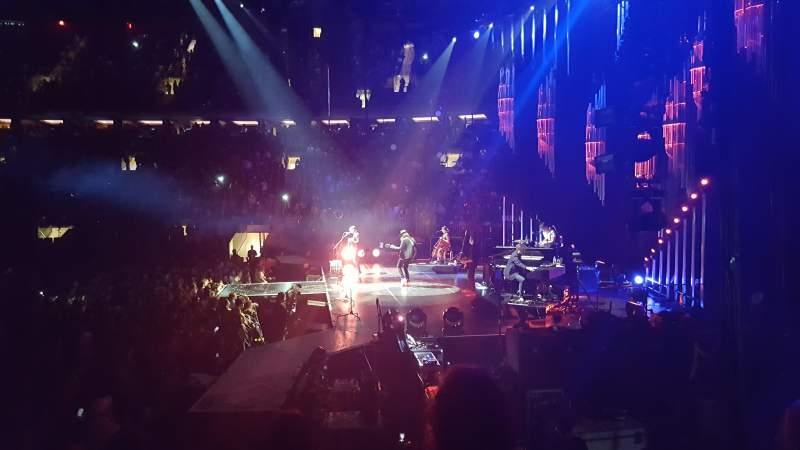 Madison Square Garden: Madison Square Garden, Section 109, Row 6, Seat 2