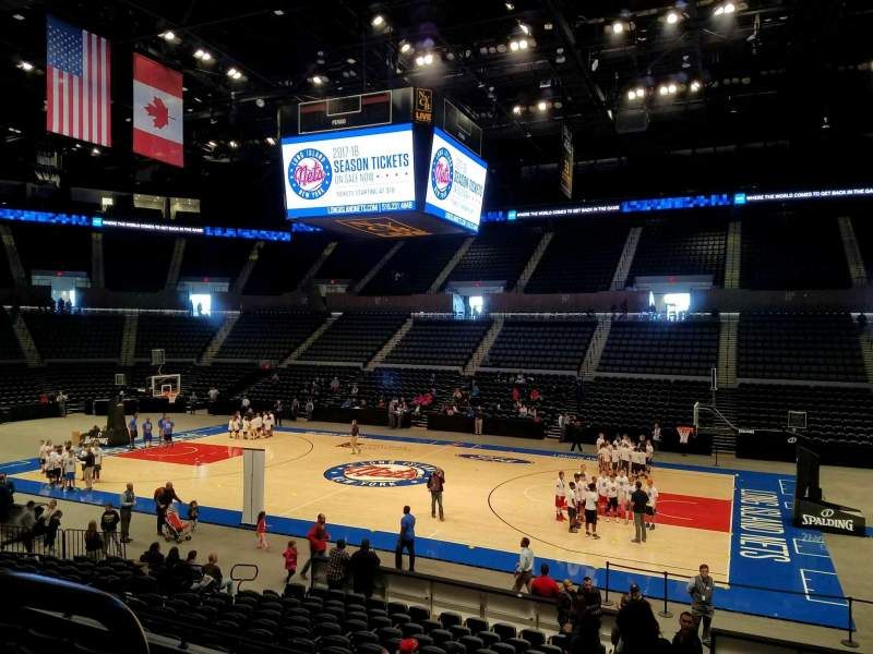 Seating view for Nassau Veterans Memorial Coliseum Section 101 Row 6 Seat 14