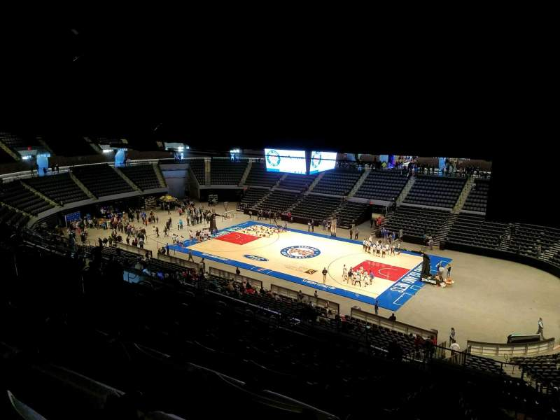 Seating view for Nassau Veterans Memorial Coliseum Section 220 Row 16 Seat 1
