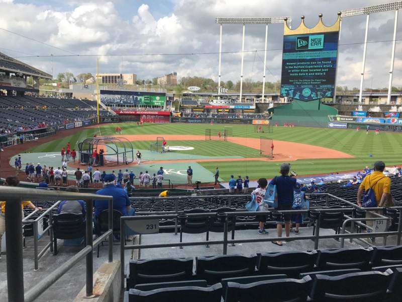 Seating view for Kauffman Stadium Section 231 Row EE Seat 1