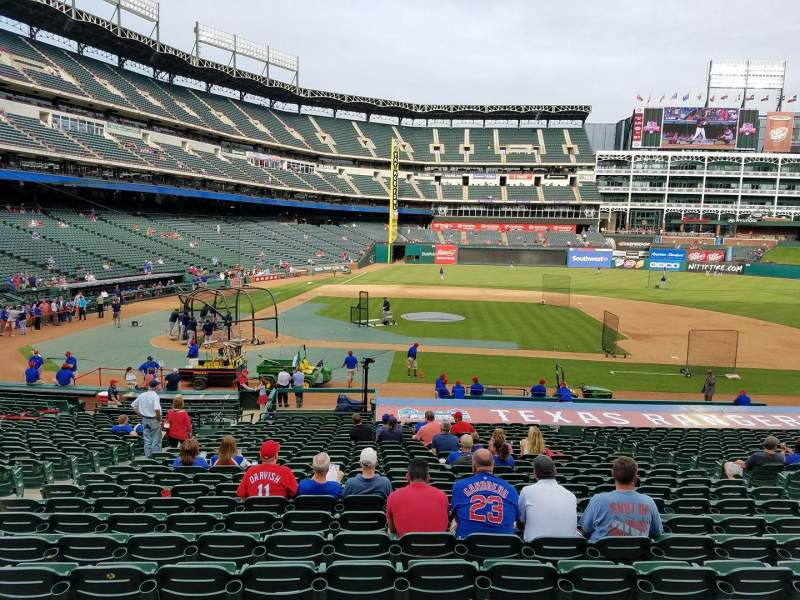 Seating view for Globe Life Park in Arlington Section 31 Row 25 Seat 7