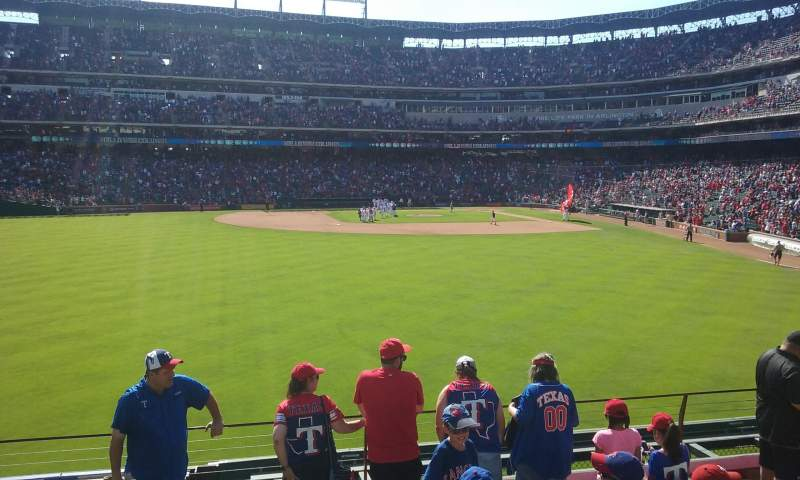 Seating view for Globe Life Park in Arlington Section 4 Row 8 Seat 9