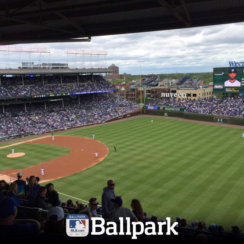 Seating view for Wrigley Field Section 430R Row 6 Seat 18